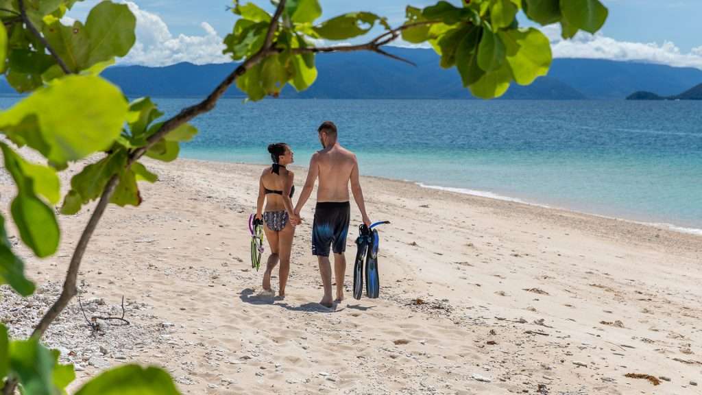 Frankland Islands Cairns day tour - when can you visit the Frankland Islands